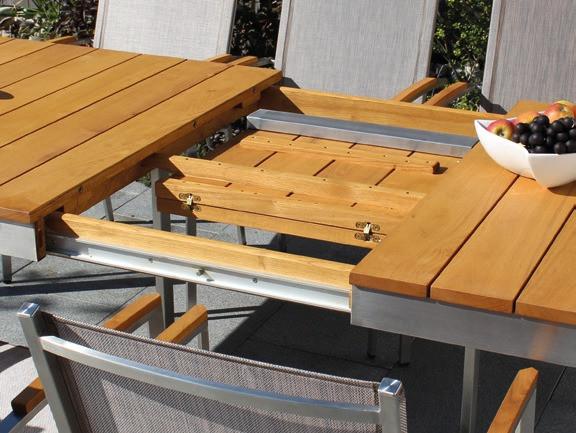 Tisch Venezia III 160/220cm Robinienholz